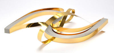 Proužky na Quilling metal zlaté  53x0,6 cm,100 ks - 1