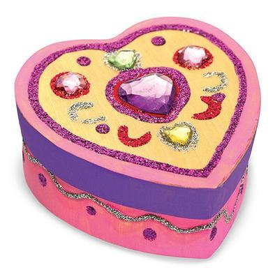 Dřevěná krabička k vymalování a dozdobení  Srdce - 2